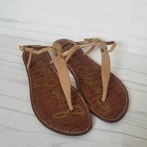 Sam Edelman GiGi Thong Sandal in Almond Patent